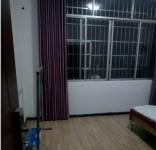 单间出租:单间带独立卫生间,热水器,wifi.房屋采光好,